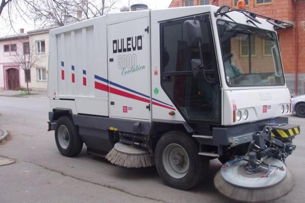 Straßenkehrmaschine Dulevo 5000